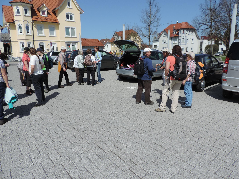 180408001_B_Mochenwangen Kirchplatz